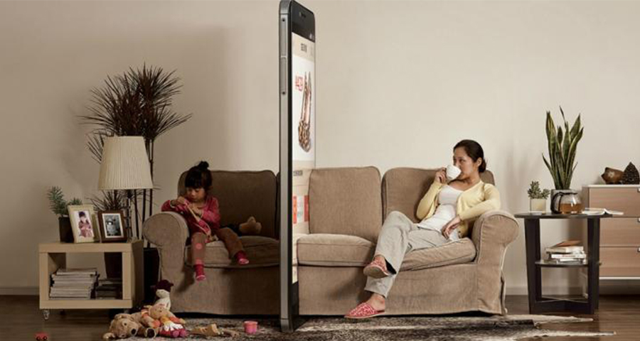 Смартфоны рушат отношения между родителями и детьми
